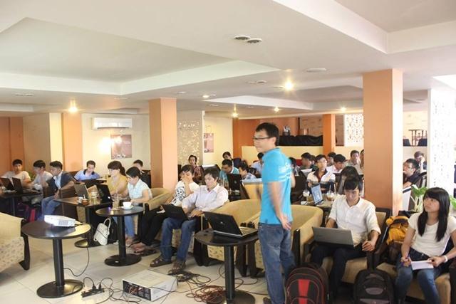 Đào tạo SEO tại Bình Dương chất lượng, chuẩn Google, lên TOP bền vững không bị Google phạt, dạy bởi Linh Nguyễn CEO Faceseo. LH khóa đào tạo SEO mới 0932523569.
