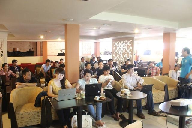 Đào tạo SEO tại Cà Mau chất lượng, chuẩn Google, lên TOP bền vững không bị Google phạt, dạy bởi Linh Nguyễn CEO Faceseo. LH khóa đào tạo SEO mới 0932523569.