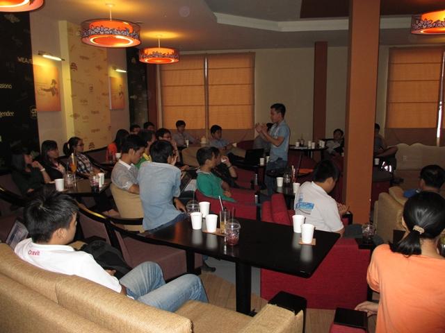 Đào tạo SEO tại Hải Dương chất lượng, chuẩn Google, lên TOP bền vững không bị Google phạt, dạy bởi Linh Nguyễn CEO Faceseo. LH khóa đào tạo SEO mới 0932523569.