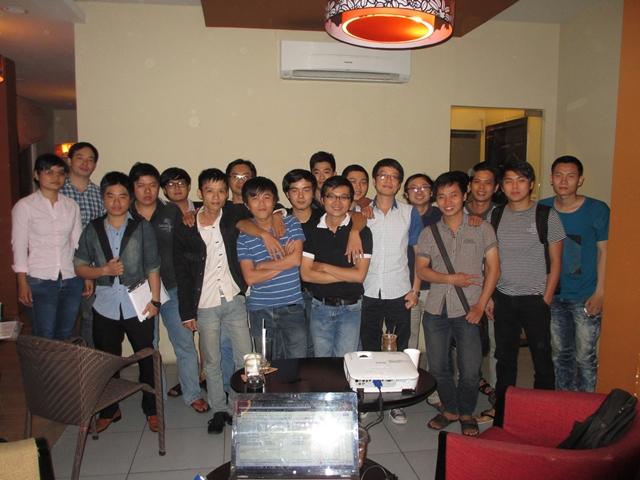 Đào tạo SEO tại Hưng Yên chất lượng, chuẩn Google, lên TOP bền vững không bị Google phạt, dạy bởi Linh Nguyễn CEO Faceseo. LH khóa đào tạo SEO mới 0932523569.