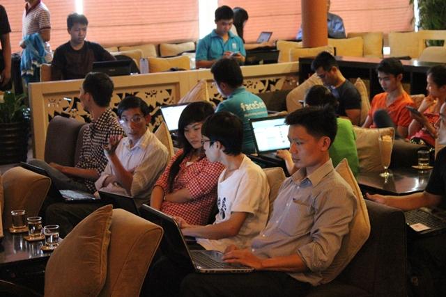 Đào tạo SEO tại Lào Cai chất lượng, chuẩn Google, lên TOP bền vững không bị Google phạt, dạy bởi Linh Nguyễn CEO Faceseo. LH khóa đào tạo SEO mới 0932523569.