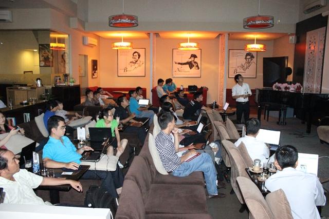 Đào tạo SEO tại Nghệ An chất lượng, chuẩn Google, lên TOP bền vững không bị Google phạt, dạy bởi Linh Nguyễn CEO Faceseo. LH khóa đào tạo SEO mới 0932523569.