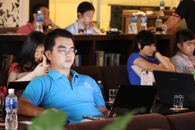 Đào tạo SEO tại Phú Thọ chất lượng, chuẩn Google, lên TOP bền vững không bị Google phạt, dạy bởi Linh Nguyễn CEO Faceseo. LH khóa đào tạo SEO mới 0932523569.