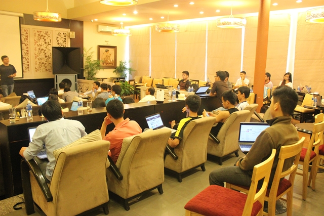 Đào tạo SEO tại Thái Bình chất lượng, chuẩn Google, lên TOP bền vững không bị Google phạt, dạy bởi Linh Nguyễn CEO Faceseo. LH khóa đào tạo SEO mới 0932523569.